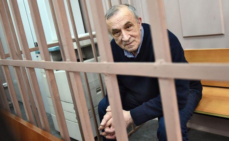 Отставку главы УР Александра Соловьёва правильней называть свержением. Фото: rbc.ru