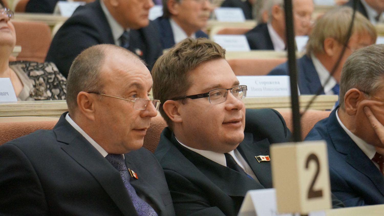 Некоторые моменты правительственного часа вызывали у депутатов откровенную улыбку. Фото ©День.org