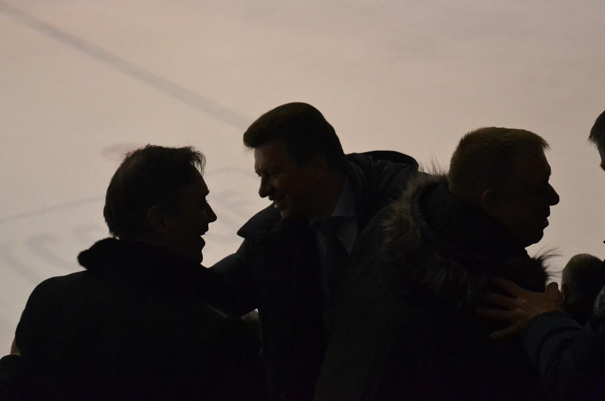 Силуэты Андрея Кузнецова, Виктора Савельева и Андрея Сивцова. Фото: Николай Польчёнок