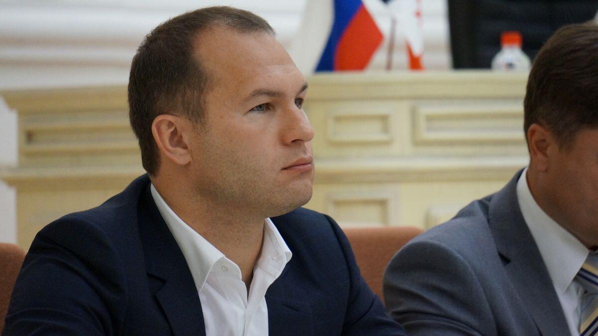 Удмуртский депутат отказался отвыигранного у«Роснефти» участка вЯкутии