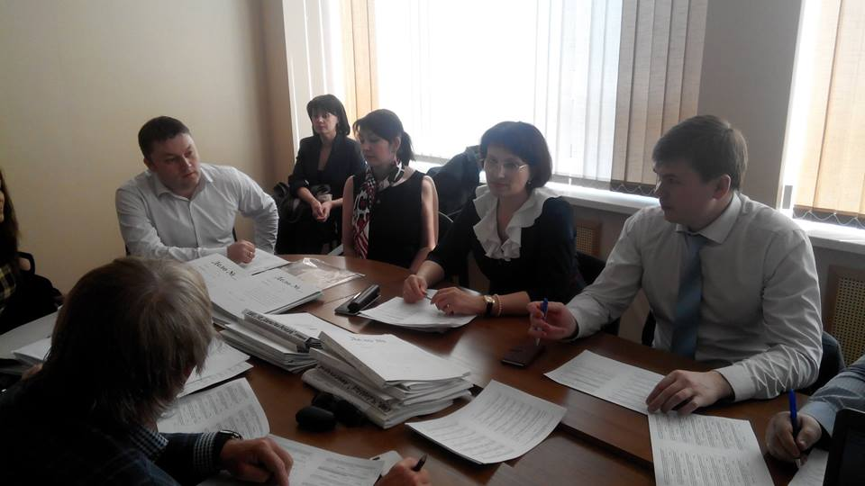 На заседание лицензионной комиссии. Фото: facebook.com (Марат Исмагилов)
