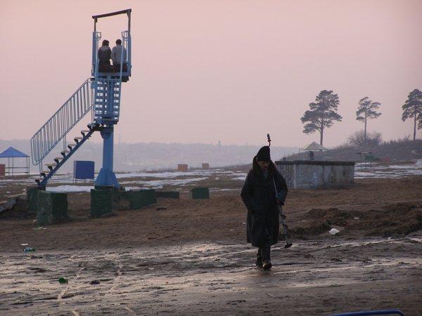 Юрий Бычков нашел способ использовать ижевский пляж круглогодично. Фото: Анастасия Фертикова