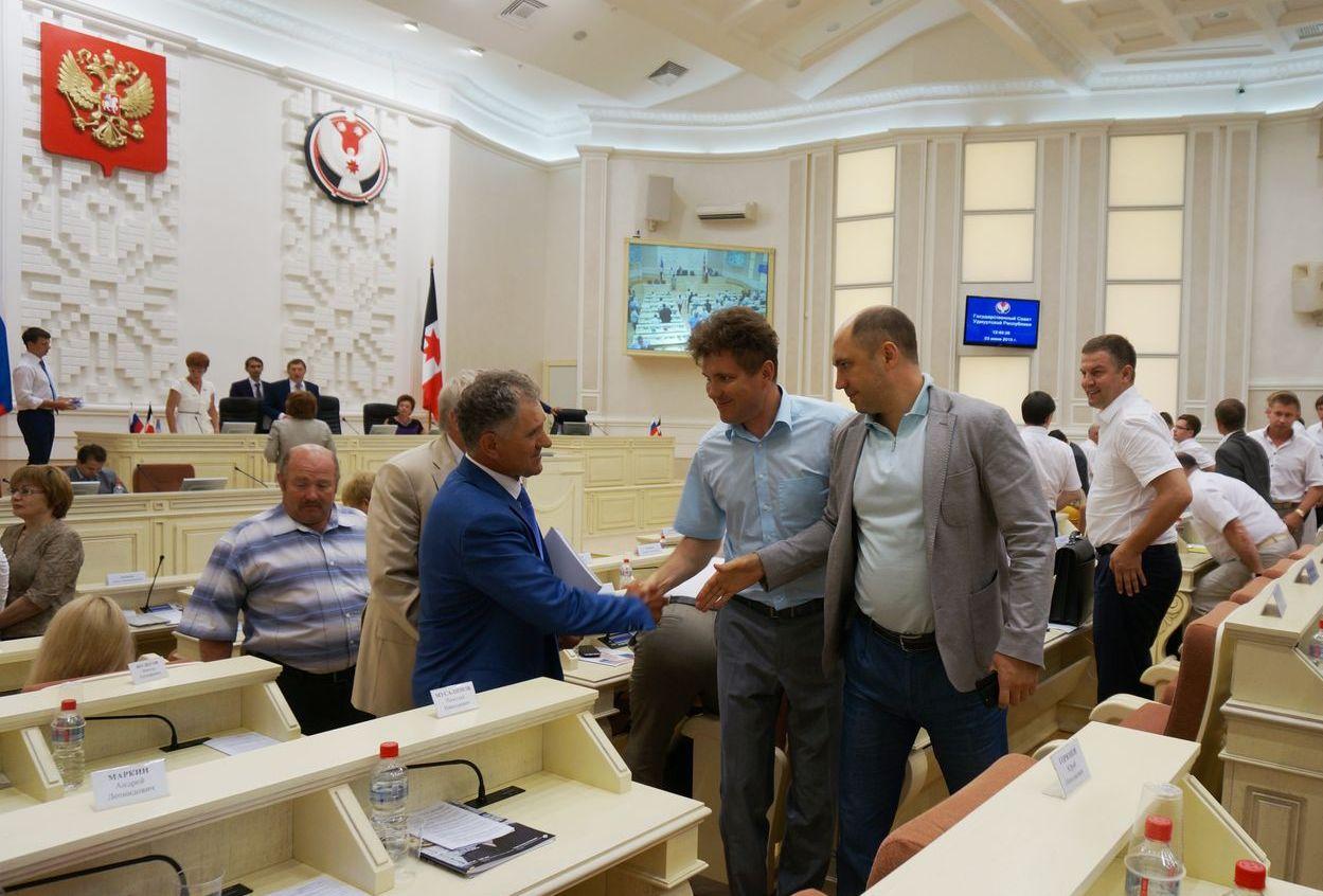 На сессии Госсовета УР. Фото ©День.org