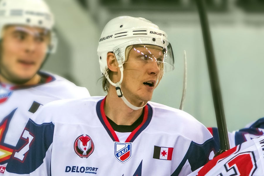 Денис Полюдов. Фото: hcizhstal.ru