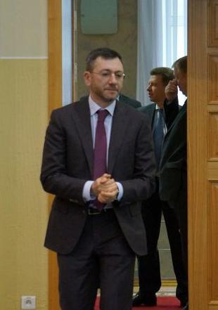 После совещания глава «Т Плюс» Вайнзихер и премьер Савельев договорились вместе пообедать. Фото: ©«ДЕНЬ.org»