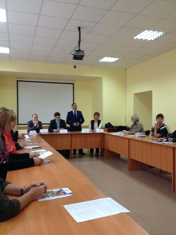 Выступает Владимир Перевозчиков. Фото ©День.org