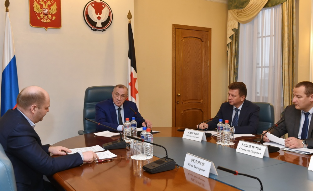 На последнем заседании Совета по обеспечению налоговых поступлений в консолидированный бюджет. Фото: пресс-служба главы и правительства Удмуртии