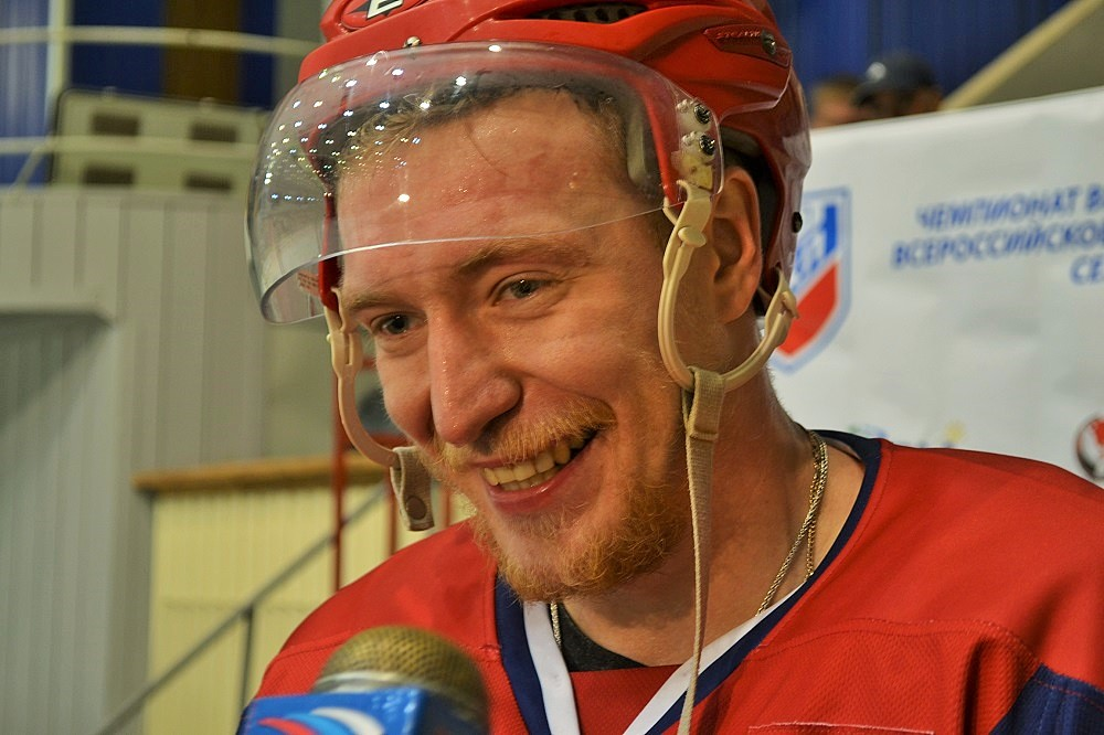 В прошлом сезоне у Артема Маслова было гораздо больше поводов для улыбок… Фото: Николай Польчёнок