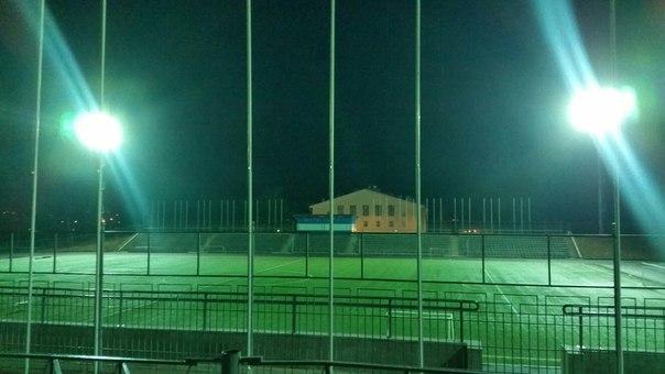 "Стадион ""Знамя"" в середине июня 2015 года. Фото: vk.com/votkinsk777online"