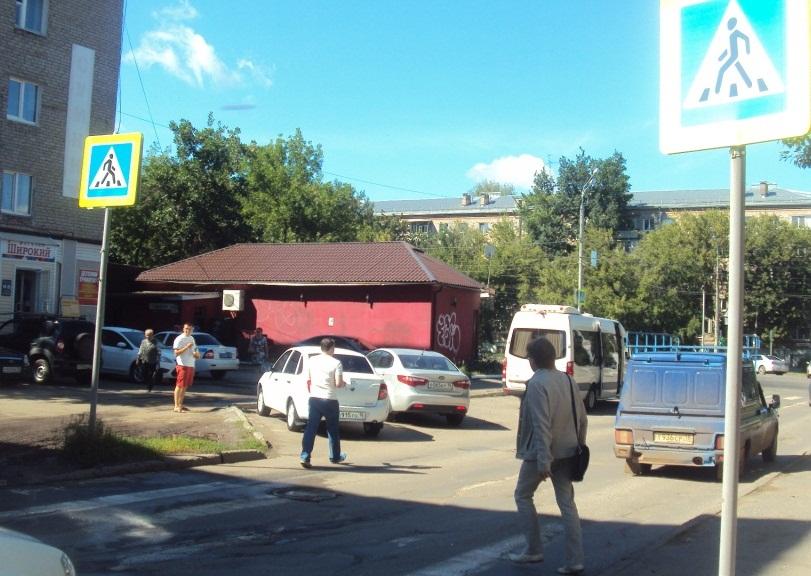 Переход рядом со школой № 27. Фото: © «ДЕНЬ.org»