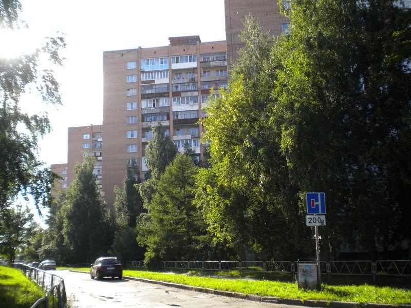 Квартира Татьяны Шадриной расположена в доме напротив Центральной площади. Фото ©День.org