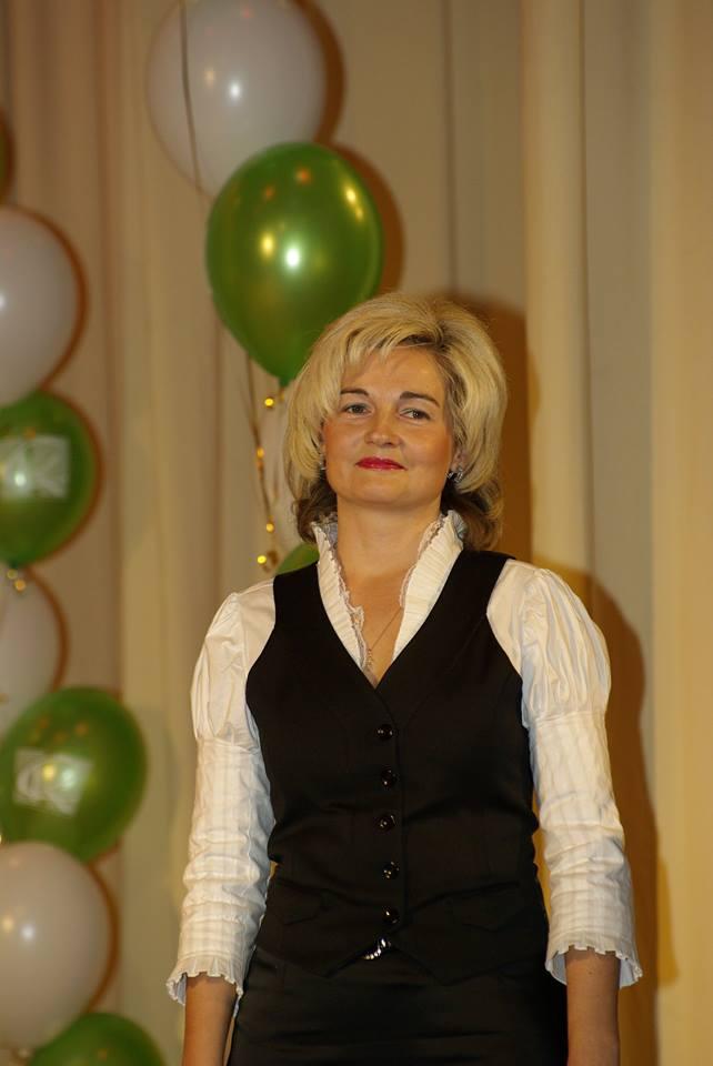 Лариса Баталова