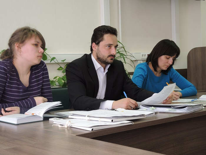 Комиссия УФАС во главе с Андреем Анголенко