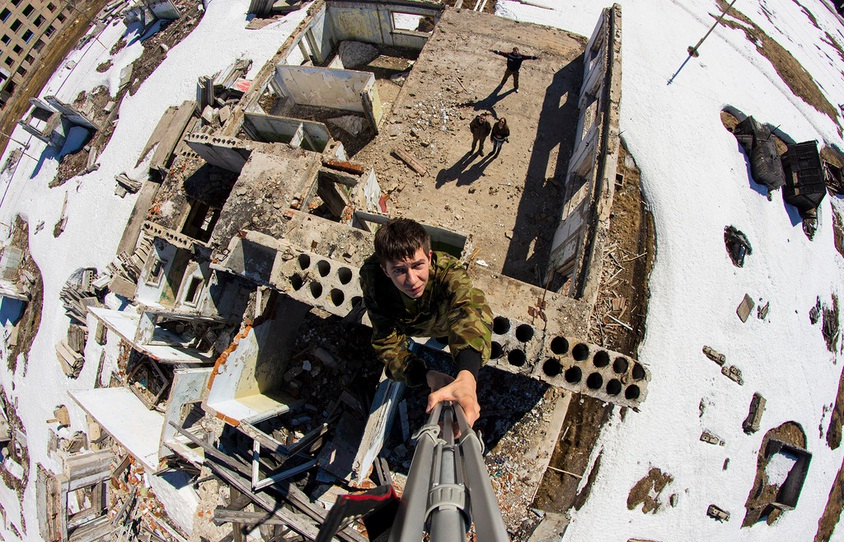 Заброшенный поселок городского типа Юбилейный. Фото Дмитрия Солодянкина