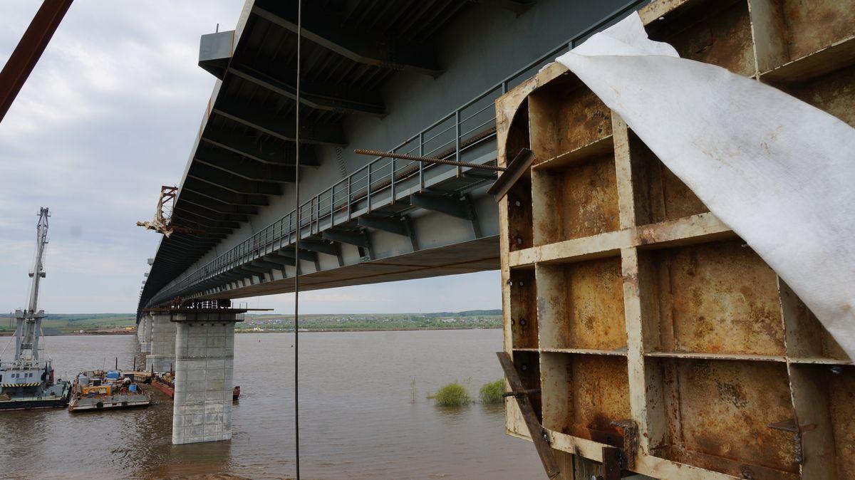 ВУдмуртии сроки открытия моста через Каму переносят нанесколько месяцев