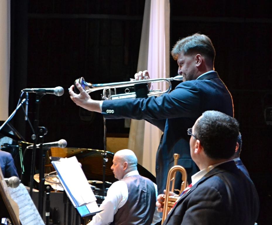 В оркестре в роли солиста может сыграть любой музыкант. Фото: Александр Поскребышев