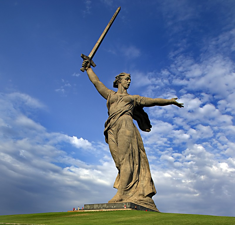 Родина-Мать в Волгограде. Фото: qrz.com