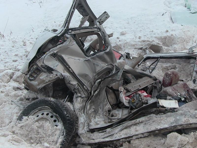 Шофёр «Тойоты» умер встолкновении с«КАМАЗом» вИгринском районе