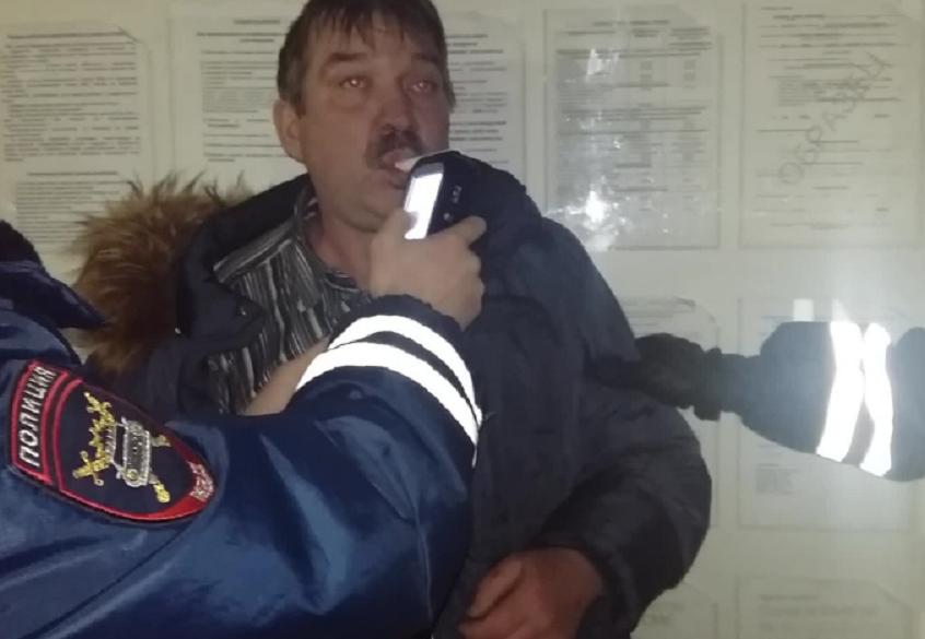 ВУдмуртии безумно нетрезвый шофёр наиномарке устроил массовое ДТП