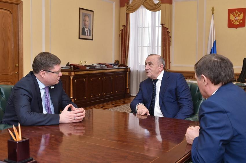 Андрей Исаев, Александр Соловьёв, Владимир Невоструев. Фото: udmurt.ru