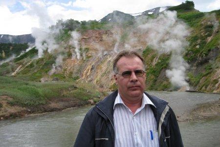 Во время работы на Камчатке будущий руководитель «Ижводоканала» уже испытывал «вулканические» ощущения. Фото: angvremya.ru