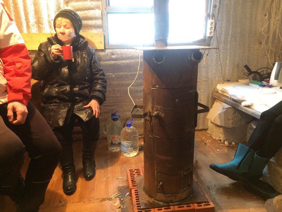 С печкой-буржуйкой теплее. Фото: vk.com/rodnikovyi_krai