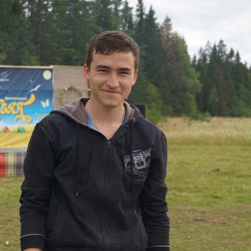 Создатель многих приложений на удмуртском языке Григорий Григорьев. Фото: vk.com