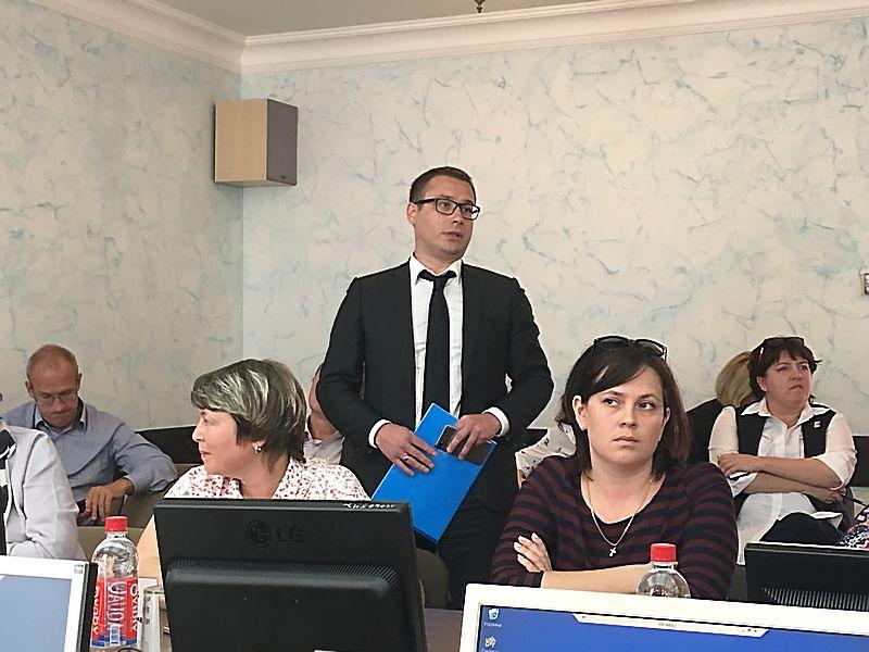 Начальник управления финансов Павел Новгородцев