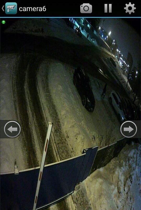Ближе к ночи к «Горсвету» потянулось оскандалившееся начальство. Фото с камеры видеофиксации.