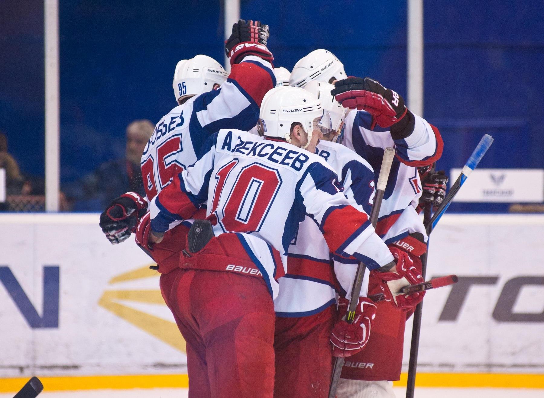 2. Победная серия в плей-офф у «сталеваров» достигла уже шести матчей. Фото vk.com/thk_tver