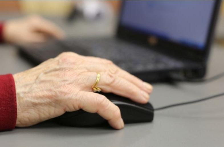 Работа для пенсионеров 57 лет женщина