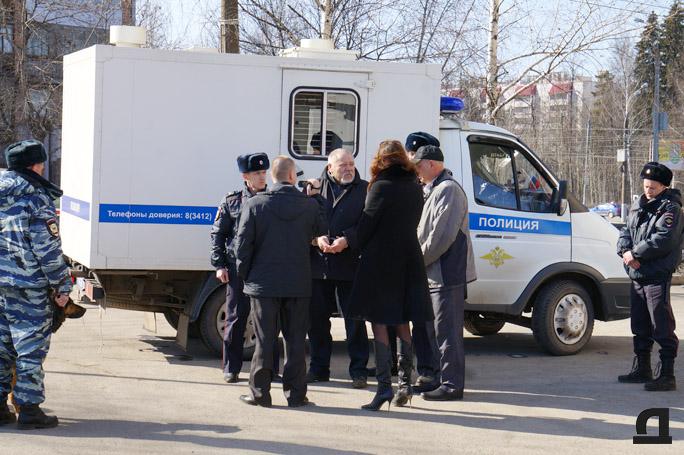 Во время следственных действий с участием обвиняемого Николая Генералова. 2 апреля 2015 года.