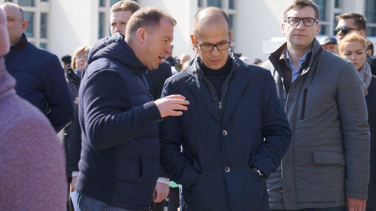 Александр Бречалов вместе с и. о. руководителя администрации Сергеем Смирновым. Фото: © «ДЕНЬ.org»