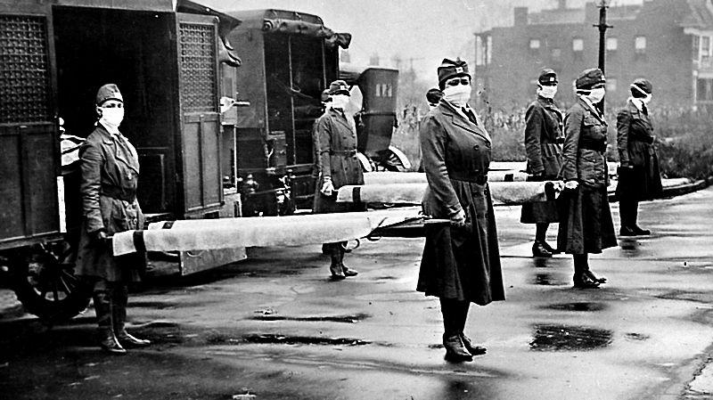 Патрули Красного Креста во время эпидемии гриппа в Сент-Луис, штат Миссури, октябрь 1918 года. Источник: thebabel.com.ua