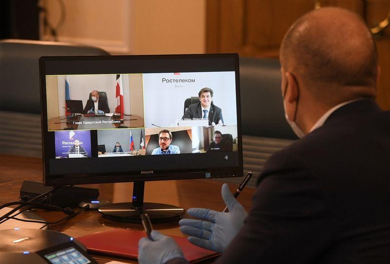 Глава Удмуртии Александр Бречалов. Фото: vk.com/a.brechalov