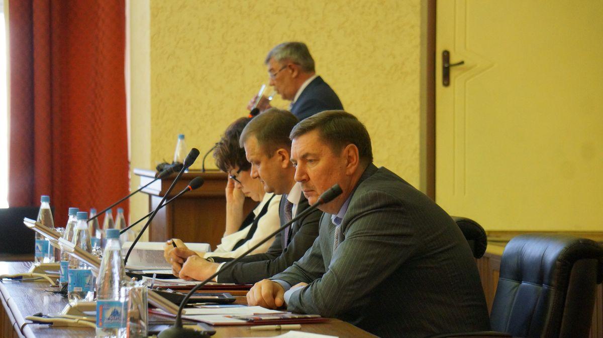 Сессия Гордумы для Юрия Тюрина все-таки выдалась волнительной. Фото: © «ДЕНЬ.org»