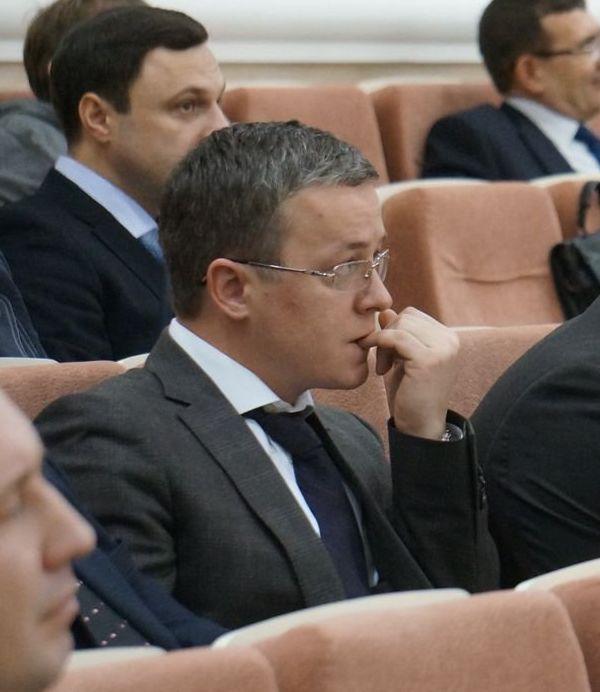 Прошлое может достать Антона Орлова даже в правительстве. Фото ©«ДЕНЬ.org»
