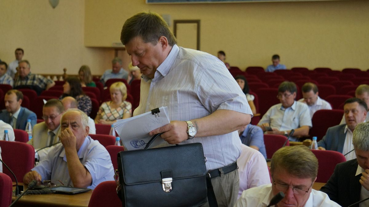 И. о. руководителя фракции «Единой России» Алексей Гарипов. Фото: «ДЕНЬ.org»