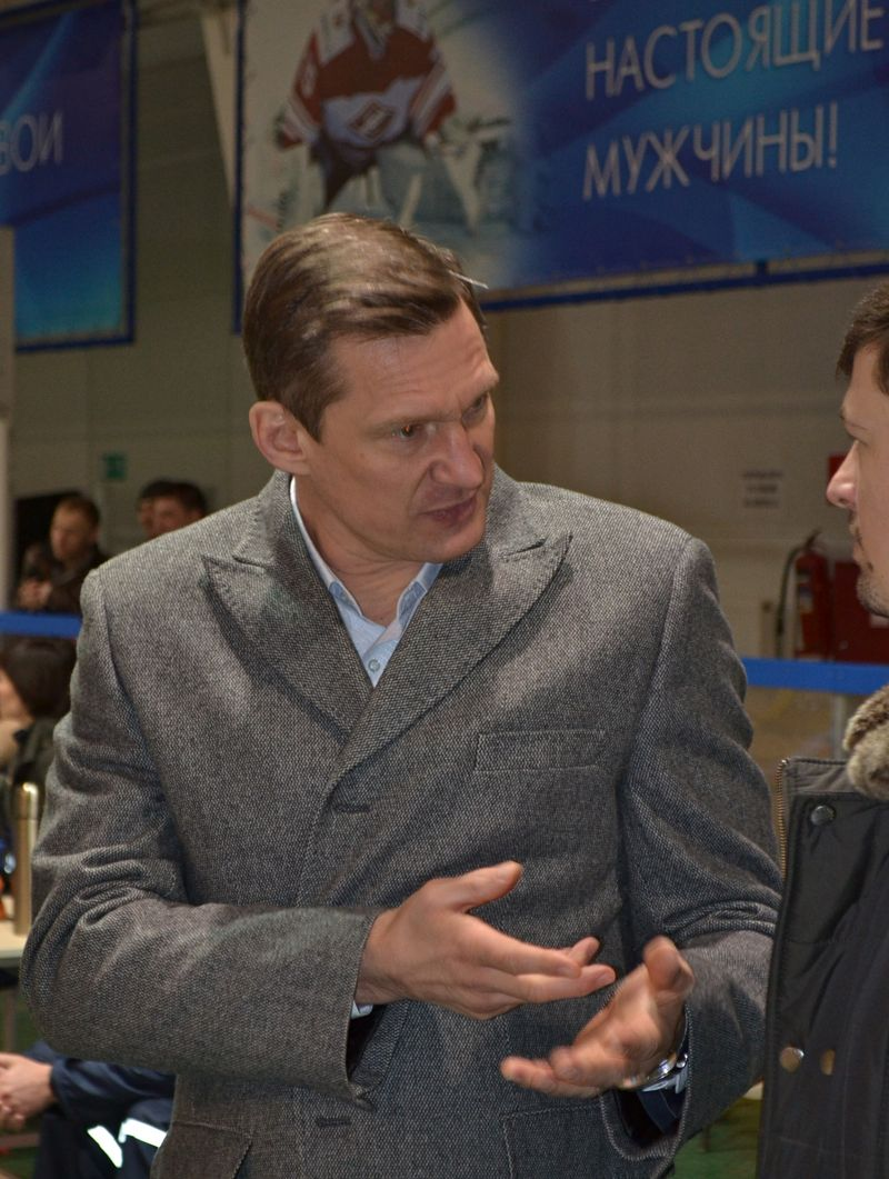 Многим людям в Ижевске и Москве заметно, что вокруг Сергея Чибирева собираются настоящие мужчины. Фото: Александр Поскребышев
