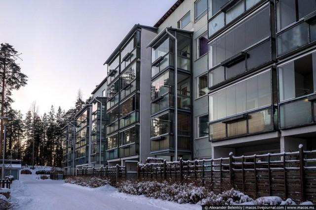 Трудно догадаться, что за фасадом этого дома в Финляндии скрывается дом, похожий на хрущевку. Фото: liveinternet.ru