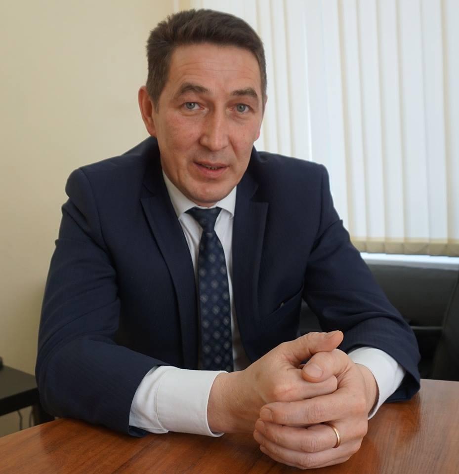 Управляющий «Удмуртавтодора» Александр Корепанов написал объявление обуходе