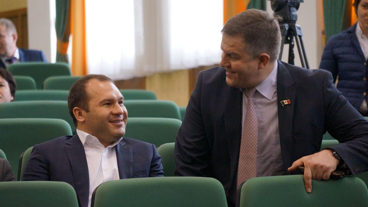 Депутаты Госсовета УР Алексей Чулкин и Валерий Песков. Фото: © «ДЕНЬ.org»