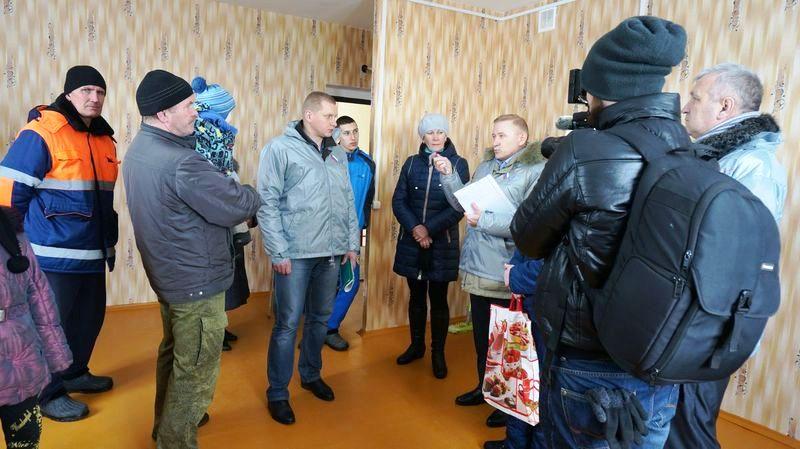 Без вины виноватые жители сырых и холодных квартир.Фото: © «ДЕНЬ.org»