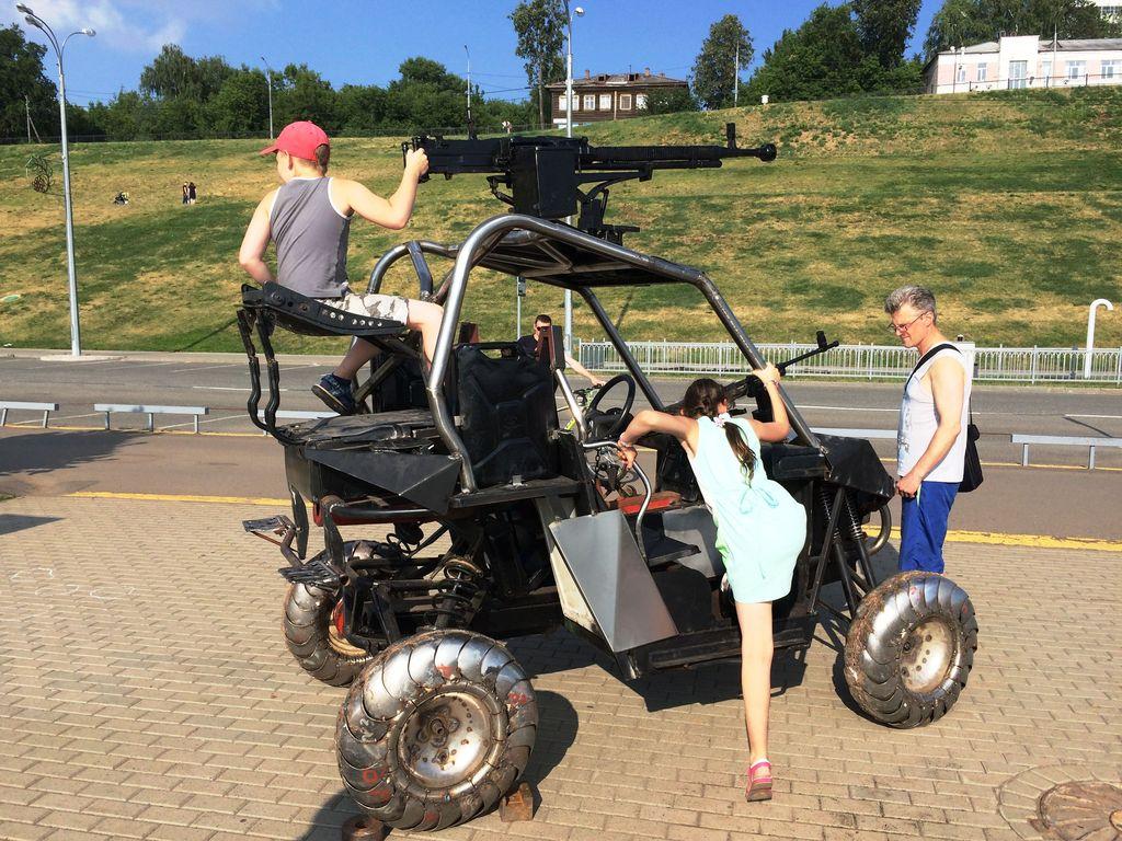 металлический квадроцикл «Новая легенда», который так облюбовали дети. Фото ©День.org