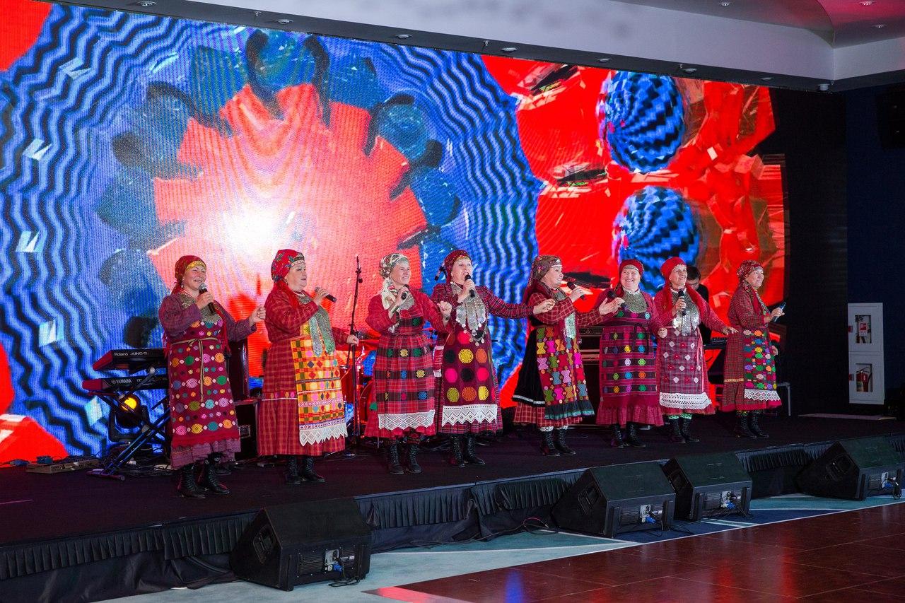 Нынешний состав «Бурановских бабушек». Фото: vk.com/b_babushki