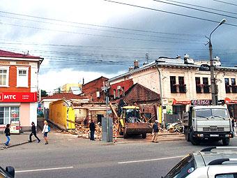 Снос здания. Фото из архива ©газета «День»