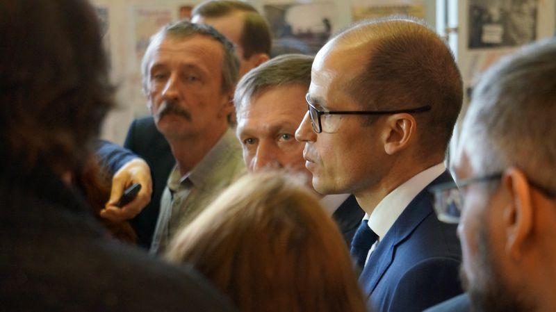 Александр Бречалов поставил Алексею Чуршину жирный минус. Фото: ©«ДЕНЬ.org»