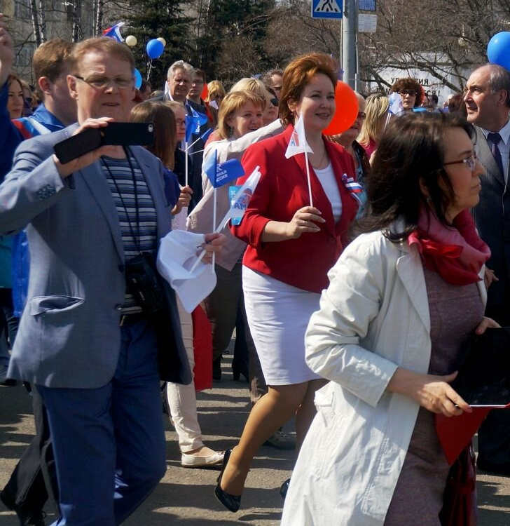 Александр Горяинов на первомайской демонстрации. Фото: © «ДЕНЬ.org»