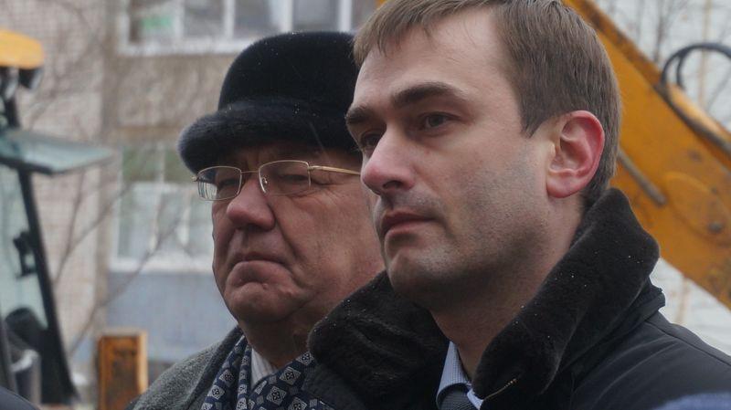 Глава Ижевска Юрий Тюрин и директор УКСа Ярослав Балобанов. Фото: ©«ДЕНЬ.org»