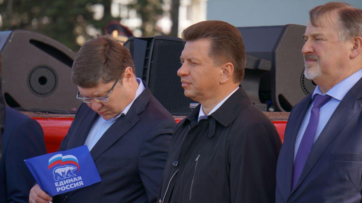Вероятно, москвич за полтора месяца поездок на встречи с избирателями по Удмуртии уже неплохо узнал проблемы региона, а некоторые ощутил на себе. В частности, дороги... Читать далее...